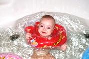 BabySwimmer - уникальные круги для купания младенцев от 0 ло 3 лет.