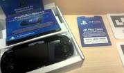 PS Vita+4Gb+3 игры+6 карт виртуальной реальности (новая)