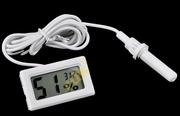 Термометр-гигрометр с выносным датчиком.