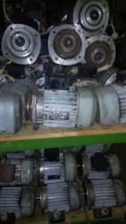Трехфазные асинхронные электродвигатели 4ААМ63А2